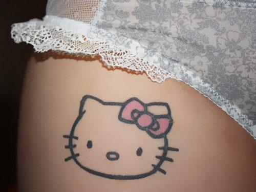 hình xăm kitty nhỏ