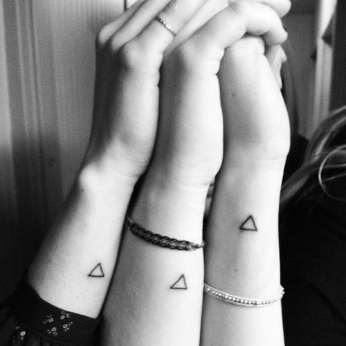 hình xăm tam giác nhỏ đẹp