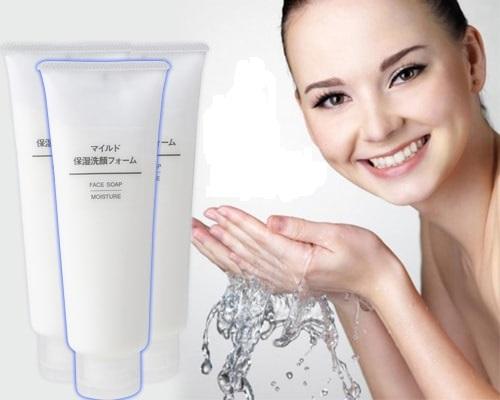 sữa rửa mặt muji moisture