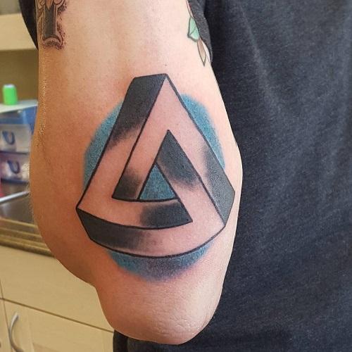 xăm hình 3d tam giác