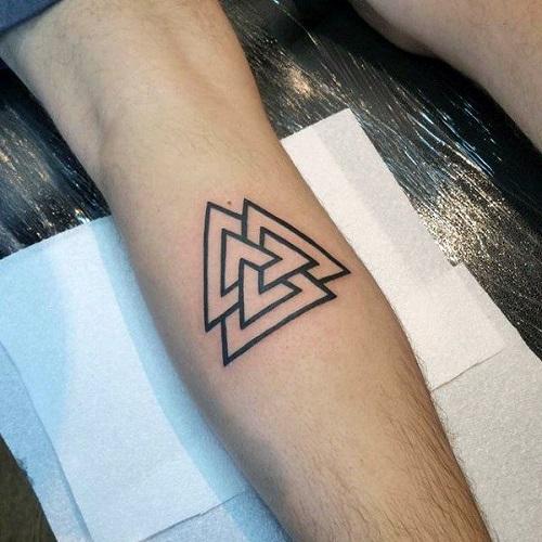 xem hình xăm tam giác