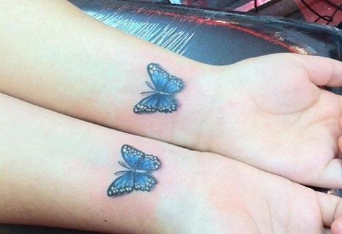 hình xăm bướm ở vai