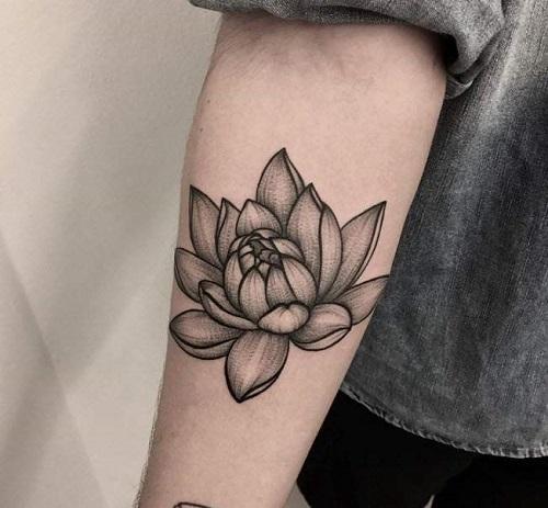 hình xăm hoa sen đen trắng đẹp