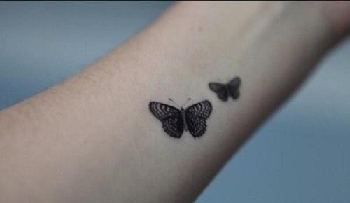 hình xăm bướm mini