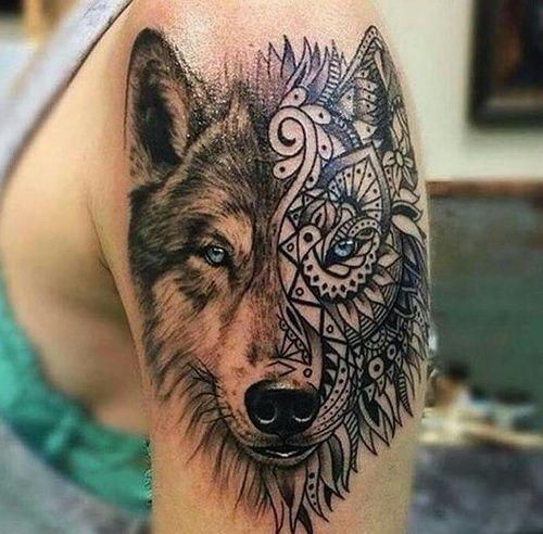 hình xăm đầu sói hoa văn