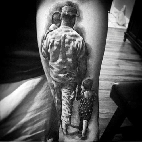 hình xăm cha mẹ trên lưng